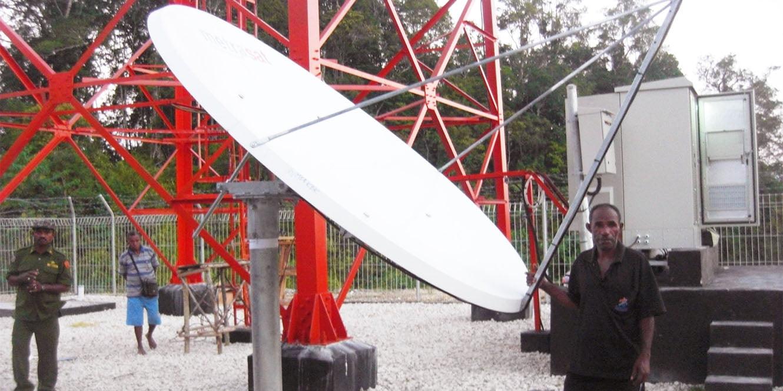 Proyek Merah Putih, Telkomsel, BTS