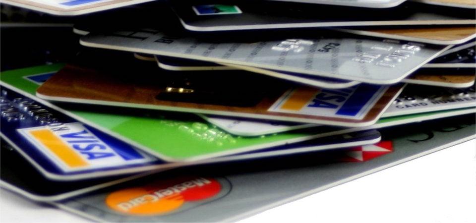 Jangan Mengunggah foto Kartu Kredit